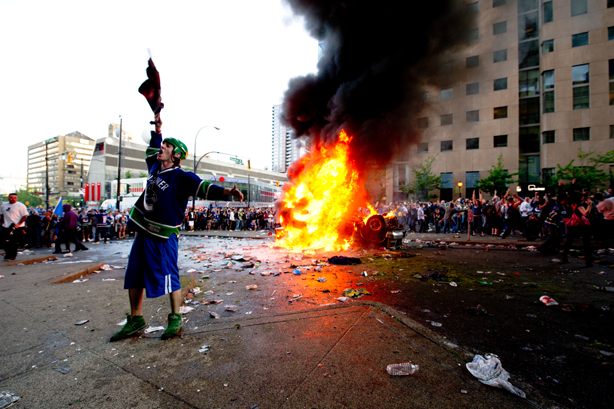 The 2011 Stanley Cup riots are a perfect example of how sports can be used as a negative outlet. (Image:  Elopde/Wikimedia Commons)
