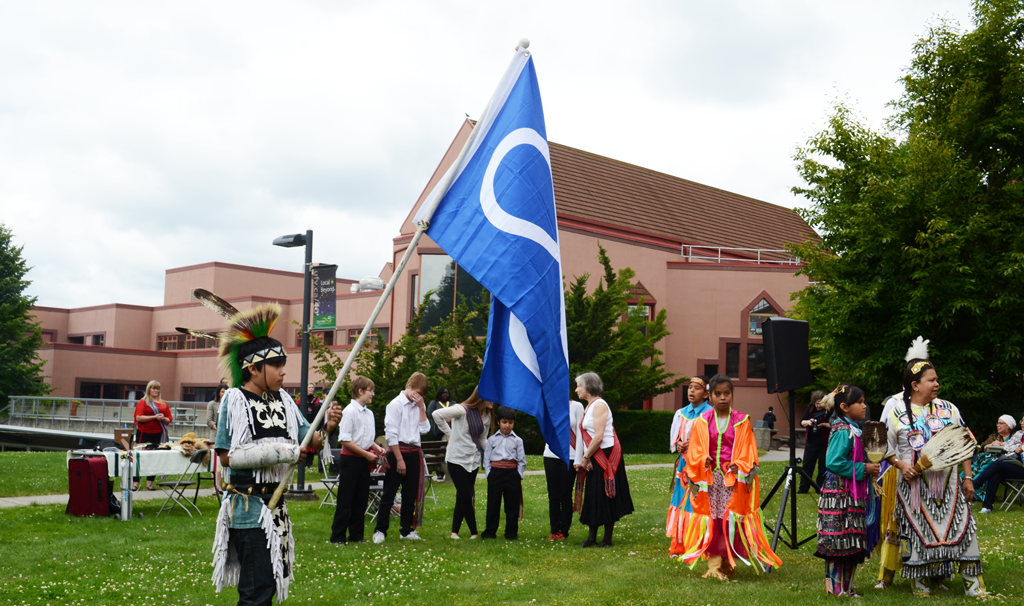 Drums, food, dances, and traditional blessings brought an atmosphere of celebration to the Green. (Image:  Kier-Christer Junos)
